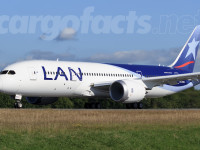 LAN's first 787 nears delivery